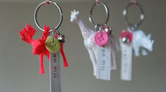 Inspiration: painted plastic animals + button + bell key holders from Kersjes.