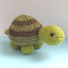 knitted turtles | Tavistock Tortoise – my new handy pincushion | fluff and fuzz