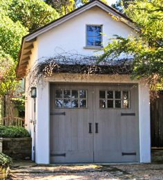 Charming Garage Doors via Garage carriage doors.they make a garage so special. They take that garage from being a place to store . Garages, Design Garage, Detached Garage Designs, House Design, Carriage Doors, Barn Doors, Carriage House Garage Doors, Garage Guest House, Garage Addition
