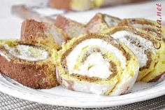 przepis na roladę tiramisu Tiramisu, French Toast, Breakfast, Food, Morning Coffee, Essen, Meals, Tiramisu Cake, Yemek