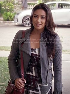 8b9777d0272a3 Emily s printed maxi dress and grey leather jacket on Pretty Little Liars.  Outfit Details