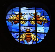 Stainglassed window featured Barberini bees of Pope Urban VIII