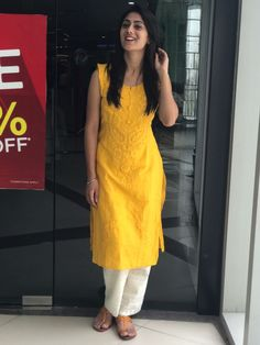 Ethnic Clothes, Ethnic Outfits, Indian Outfits, Stylish Dresses For Girls, Stylish Dress Designs, Girls Dresses, Indian Attire, Indian Wear, Fashion Wear