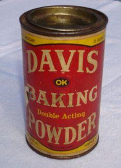 Davis Baking Powder Vintage Food, Vintage Recipes, Vintage Kitchen, Coffee Grinders, Vintage Packaging, General Store, Tins, Coffee Cans, Soda