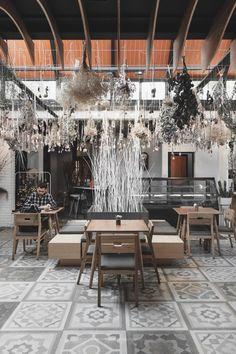 Cafe Interior, Chandelier, Ceiling Lights, Lighting, Kitchen, Home Decor, Candelabra, Cooking, Decoration Home