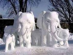 ♥.Elephant family snow sculptures.