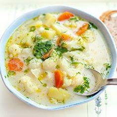 Zupa kalafiorowa z ziemniakami i marchewką | Kwestia Smaku