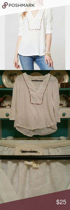 Anthropologist Blouse Adorable Hensley blouse by Meadow rue pre loved good condition. Anthropologie Tops Blouses