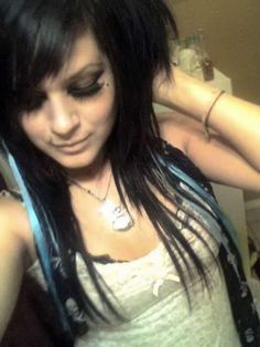 emo hairstyles for girls with