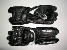 Alien Moto A51-RR Roadracing Handskar  Carbon Knuckle Armour Carbon smallfinger Armour Double leather layer on outer hand side Non-slip palm layer for perfect grip EVA Foam wrist protection Nuckles and fingers open joint Technology Cooltech ventilation on fingers  www.alienmoto.se
