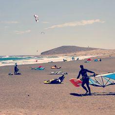 Undertaking the dangerous walk under and over kite lines :) #windsurf #windsurfing #elmedano #tenerife