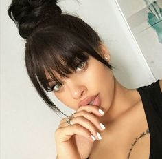 Trendy braids with bangs tutorial Ideas Medium Hair Styles, Curly Hair Styles, Natural Hair Styles, Hair Inspo, Hair Inspiration, Bangs Tutorial, Long Hair With Bangs, Wispy Bangs, Hair Color For Women