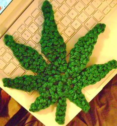 Free Crochet Pattern For Hemp Leaf : Pinterest The world s catalog of ideas