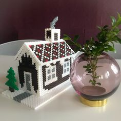 DIY christmas House made from Hama beads Christmas Bulbs, Christmas Crafts, Christmas Ideas, Pearler Beads, House Made, Snow Globes, Advent, Gingerbread, Diy And Crafts