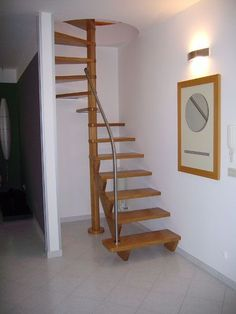 home stairs design ideas can attract the eyes. Choose between an art gallery, unique runner, and vintage design for your stairs. Spiral Stairs Design, Small Staircase, Tiny House Stairs, Tiny House Loft, Home Stairs Design, Loft Stairs, Bungalow House Design, Interior Stairs, Staircase Ideas