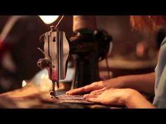 Hacen falta aparadoras - Más de 100 años de publicidad en Elche - YouTube