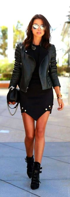Daily New Fashion : Black Leather Jacket --- Absolutely love this look! I have a very similar leather jacket and it goes with many looks! Style Work, Mode Style, Style Me, Edgy Style, Edgy Chic, Black Style, Style Blog, Casual Chic, Look Fashion