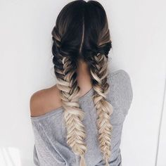 See this Instagram photo by @ohhellohair • 3,008 likes