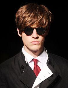 Facetem jestem i o siebie dbam: Fryzury dla facetów z kręconymi włosami
