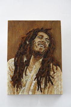 Bob Marley, Mosaic Portrait, Mosaic Art, David Bowie, Unique Art, Stained Glass, Bottles, Faces, Portraits