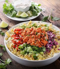 Fish Taco Bowls - nothing says summer like fish taco bowls and all the fixin's, pico de gallo and, of course, a creamy white fish taco sauce. Fish Taco Sauce, Fish Taco Bowls, Fish Burrito, Fish Tacos, Fish Recipes, Seafood Recipes, Healthy Recipes, Mexican Recipes, Healthy Meals