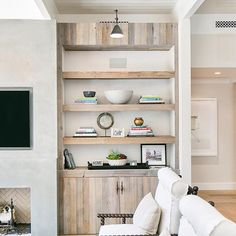 reclaimed wood built-ins @kellynuttdesign