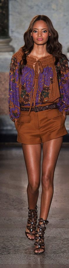 Emilio Pucci Collection  Spring 2015 Fashion Week 2015, Fashion 2020, Spring Fashion, Fashion Trends, Emilio Pucci, Couture Fashion, Boho Fashion, Classy Outfits, Cool Outfits