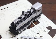 Remarkably Detailed Paper Craft Models by Papero