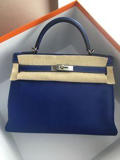 Model  Hermes Kelly 32 Retourne Year  O Color  Blue Electric Leather  Epsom ea53020596ea2
