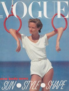 Magazine Cover: Vintage Vogue UK cover - May 1983 - Norma Kamali romper Vogue Magazine Covers, Fashion Magazine Cover, Vogue Covers, Magazine Photos, Vintage Vogue, Vintage Fashion, Retro Vintage, David Bailey, Paparazzi Photos