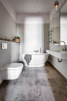 scandinavian interior design Scandinavian Interior Design, Scandinavian Style, Bedroom Minimalist, Concrete Garages, Dream Bathrooms, Modern Bathrooms, Clawfoot Bathtub, Bath Tub, Bathroom Interior