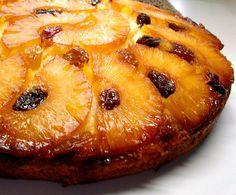 Dulce y alegre: Pastel de piña volteado: Los mismos ingredientes del pastel de piña volteado hacen que luce tan bien como sabe.