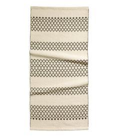 bathroom rug? h&m Reversible.