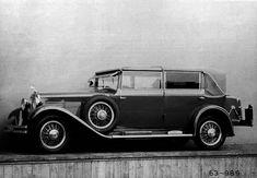 Popularity Of Vintage Posters - Popular Vintage Vintage Shoes, Vintage Cars, Antique Cars, Vintage Ideas, Seat Cupra, Mini Trucks, Car Tuning, Limousine, Dieselpunk