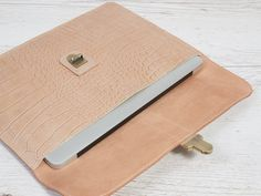Beige leather case for MacBook Air Macbook Air, Leather Case, Continental Wallet, Beige, Trending Outfits, Unique Jewelry, Handmade Gifts, Etsy, Vintage