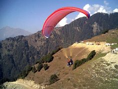 Learning Some Lesser Known Facts before Planning a Trip to Different Paragliding Places in India >> http://365hops.weebly.com/blog/paragliding-places-in-india  #paragliding #India, #billing, #paraglidinginIndia #Sikkim