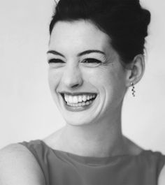 Anne Hathaway has such a cute smile