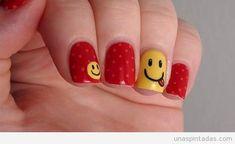 Lunares   uñas pintadas   Diseños de uñas