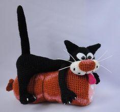 800 схем амигуруми на русском: Кот на колбасе