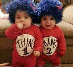 Thing 1 and Thing 2 Twins - Homemade costumes for babies costume works Homemade Halloween Costumes, Halloween Costume Contest, First Halloween, Halloween Costumes For Twins, Diy Halloween, Baby Costumes For Boys, Zombie Costumes, Halloween Couples, Group Halloween
