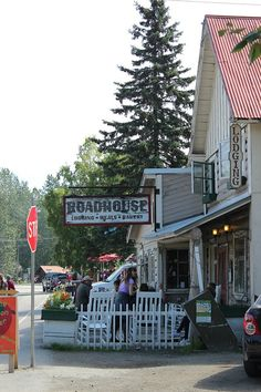 The Roadhouse in Talkeetna  Discovering the frontier spirit in Talkeetna via The World on my Necklace