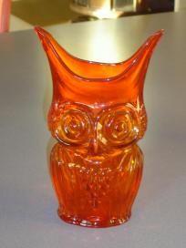 Retro Vintage Viking Art Glass Owl Vase