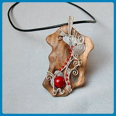 Handmade wooden pendant with Coral beads - Wedding nacklaces (*Amazon Partner-Link)