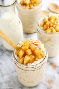 This Apple Cinnamon Overnight Oats recipe is an easy make-ahead breakfast. The oats are ultra creamy and studded with bites of fresh sautéed apples. Healthy Snacks, Healthy Eating, Healthy Recipes, Brunch Recipes, Breakfast Recipes, Overnight Oatmeal, Make Ahead Breakfast, Oatmeal Recipes, Apple Recipes