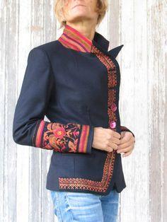 Moda Indalia - tejidos asiáticos e italianos combinados con la sastrería italiana