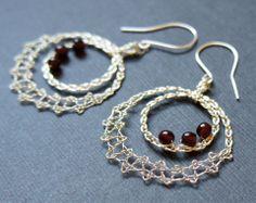 wire jewelry – Bobbin Lace Making Lace Earrings, Lace Jewelry, Wire Wrapped Earrings, Jewelery, Crochet Earrings, Hairpin Lace Crochet, Wire Crochet, Crochet Motif, Crochet Shawl