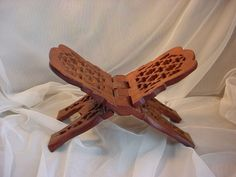 Vtg Hand Carved Wood Book Stand Holder Prop Openwork Lattice India 6 by 11 inch