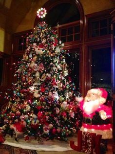 Hallmark Ornament Tree - posted by the Hawaii Keepsake Collectors Club