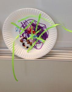 Paper plate fishbowl