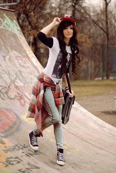 Cool Clothing Styles for Women 56 50 Cool Looking Grunge Style Outfits for Girls 4 Grunge Style Outfits, Komplette Outfits, Outfits For Teens, Casual Outfits, Summer Outfits, Emo Clothes For Girls, Converse Outfits, Fashion Outfits, Cute Tomboy Outfits